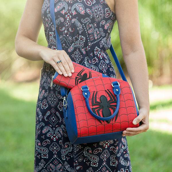 jrsj_spider_man_duffel_purse_inuse